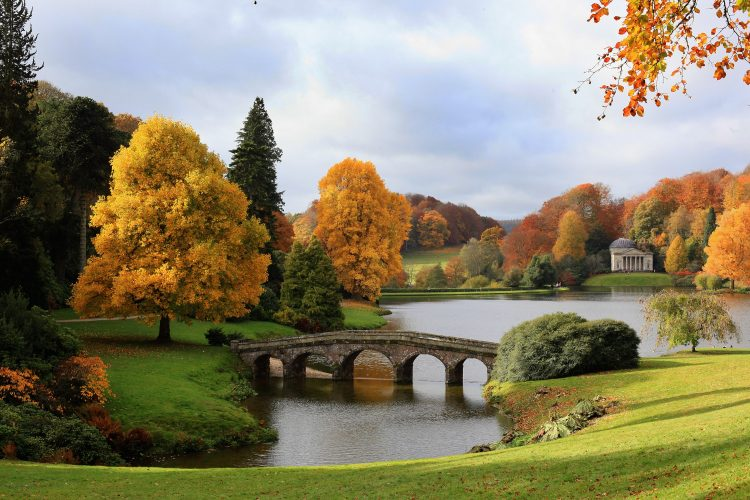 The UK Continues To Enjoy The Autumn Colours