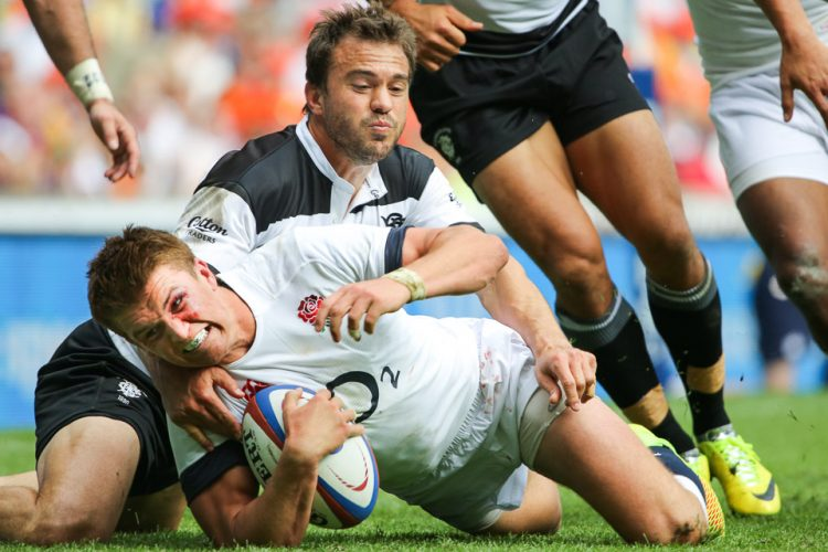 England's Henry Slade scores during the Barbarians v 'an' England XV at Twickenham. Sunday 01  June  2014.