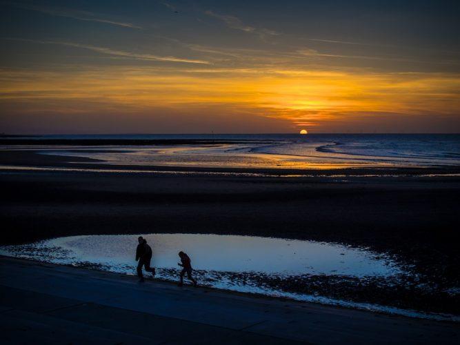 Sunset RunSunset run, Margate Sands, Kent.
