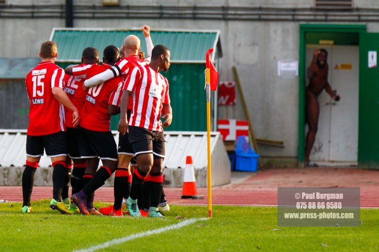 22/10/2016. Guildford City v North Greenford United