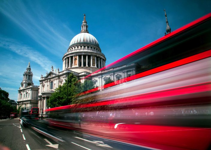 Bus passing St Paul's Cathedral