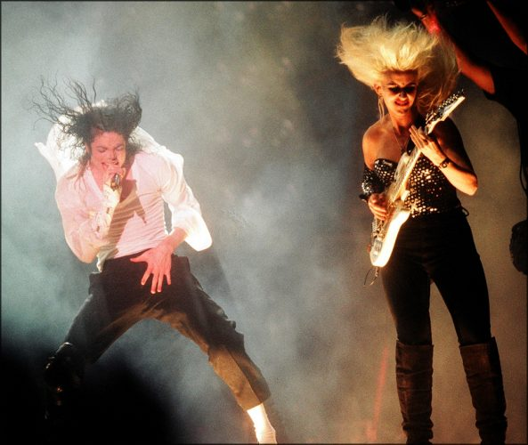 PIC JON BOND MICHAEL JACKSON WEMBLEY 1991