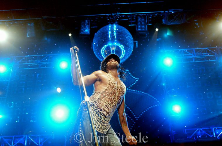 Lenny Kravitz 7.7.04  Wembley Arena