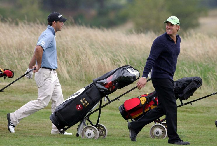 Aussies Shane Warne and Ricky Ponting head out for a game of golf at Gleneagles.