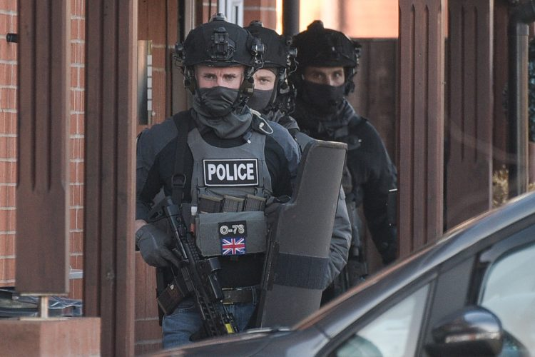 HEAVILY ARMED POLICE OFFICERS STORM BIRMINGHAM PROPERTY IN 3 HOUR DRUGS SIEGE