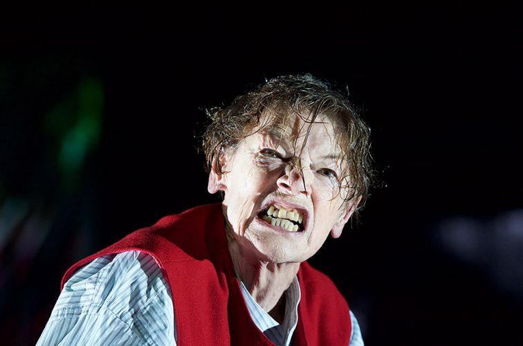 Glenda Jackson as King Lear at The Old Vic London
